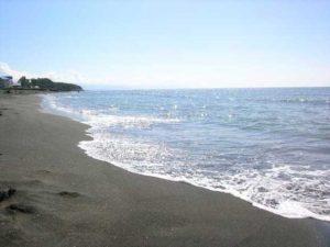 Магнитные пески на пляже в Уреки (Грузия )